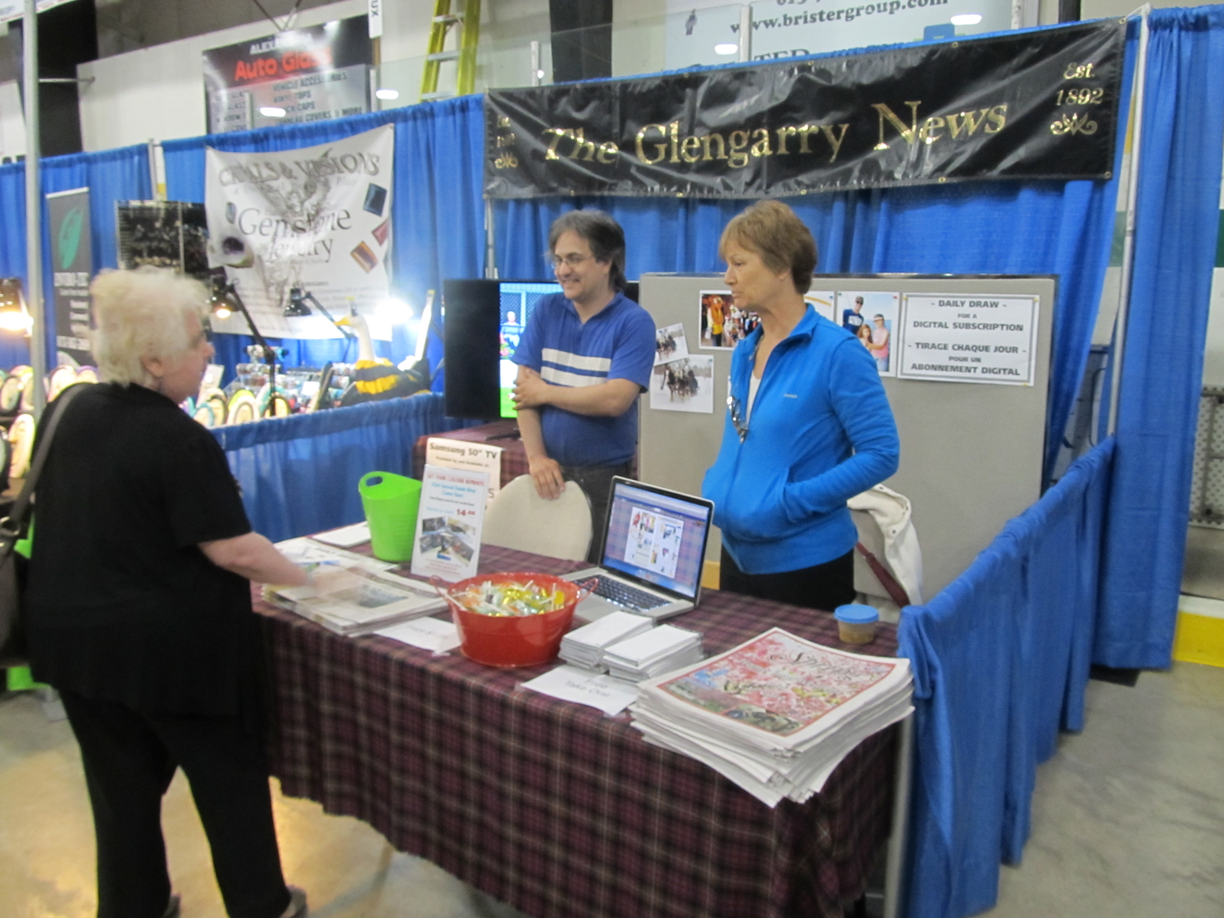 Alexandria Trade Show 2015_Glengarry News Booth