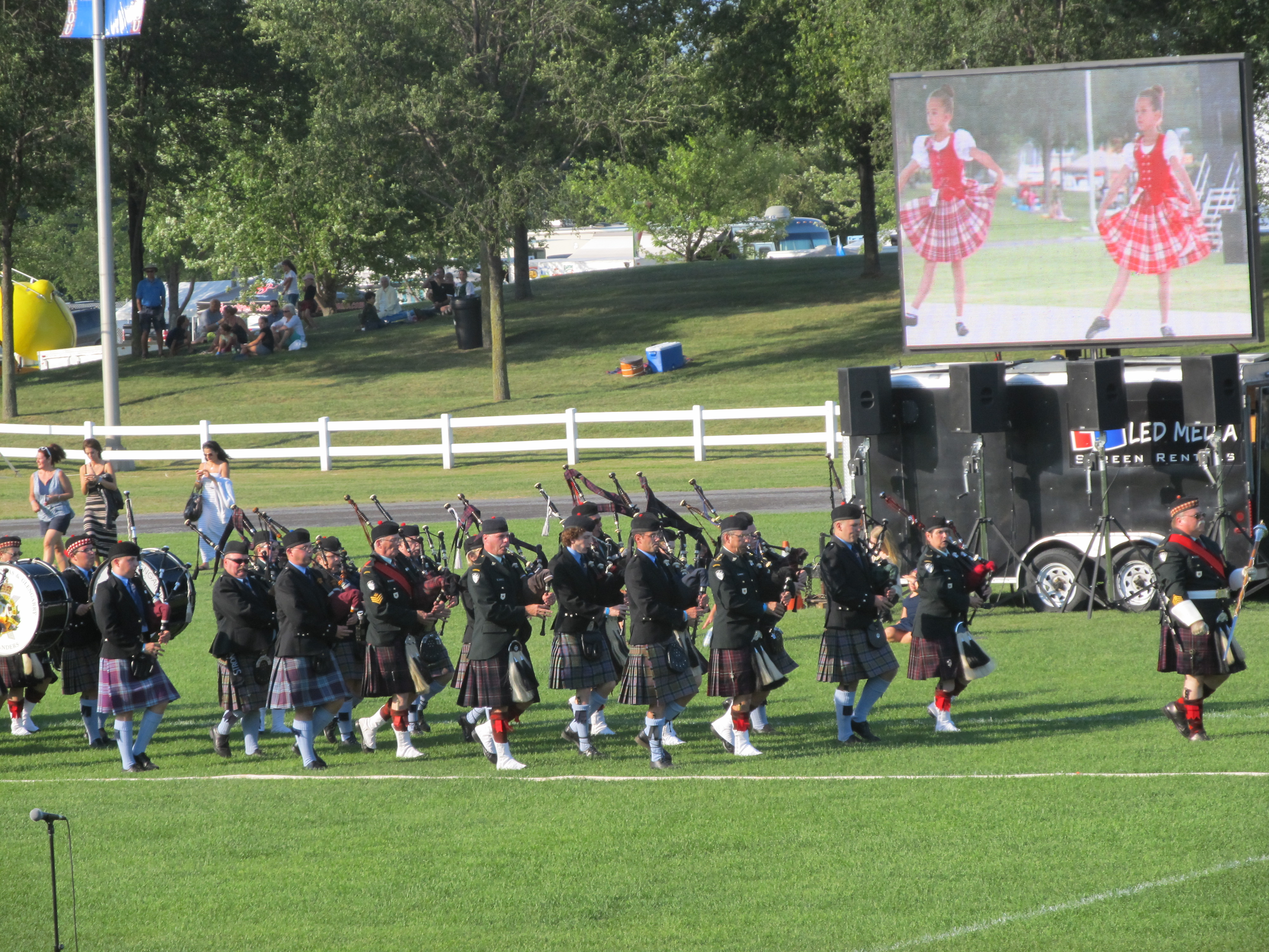 Glengarry Highland Games 2015_Military Tattoo